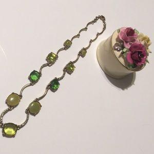 Jewelry - Faux peridot/ emerald necklace